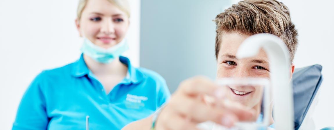 Zahnarztpraxis Ingo Lange - Air-Flow-Behandlung 2